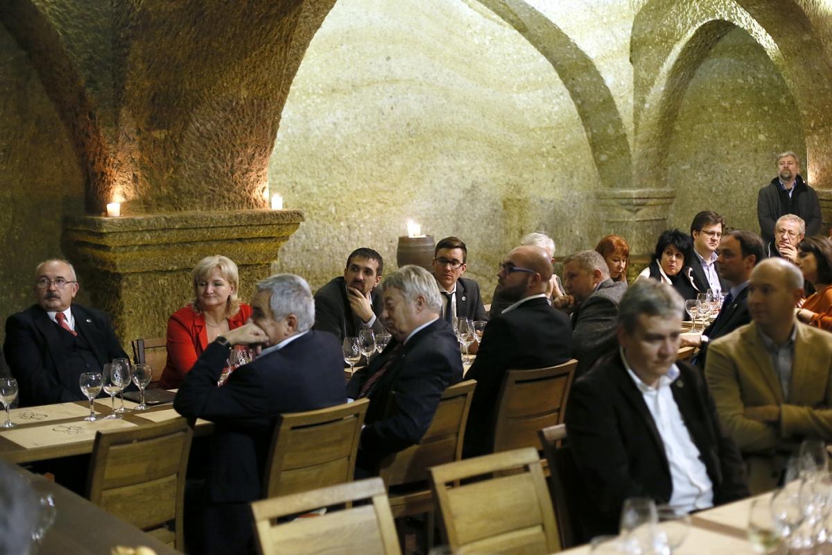 Eger Sikeréért Egyesület - Galéria fotó - Évzáró taggyűlés