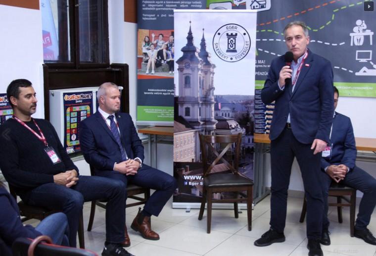 Ösztöndíj átadás ESE - Honfi Gábor, Szécsi Zoltán, Oroján Sándor